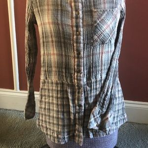 Sundance Tops - Sundance plaid collared flannel/ gauzy type shirt
